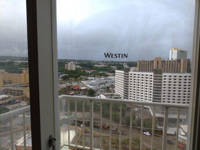 グアムウェスティンホテルの窓